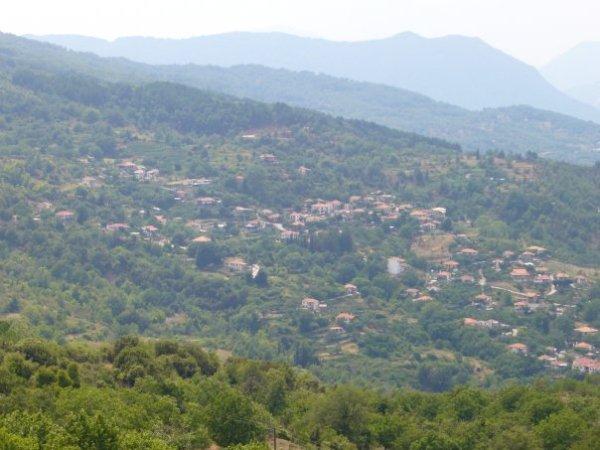 ΠΑΛΙΟΞΑΡΙ (άποψη από μακριά)